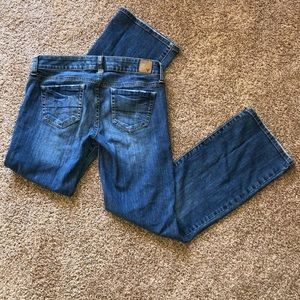 American Eagle favorite boyfriend jeans 4 Short